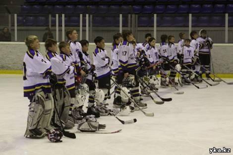 Хоккейный Усть-Каменогорск, спорт, хоккей